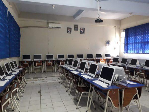 Ruang Lab Kom2