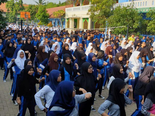 Peringati Hari Anak, SMP Negeri 7 Tangsel Outdoor Classroom Day