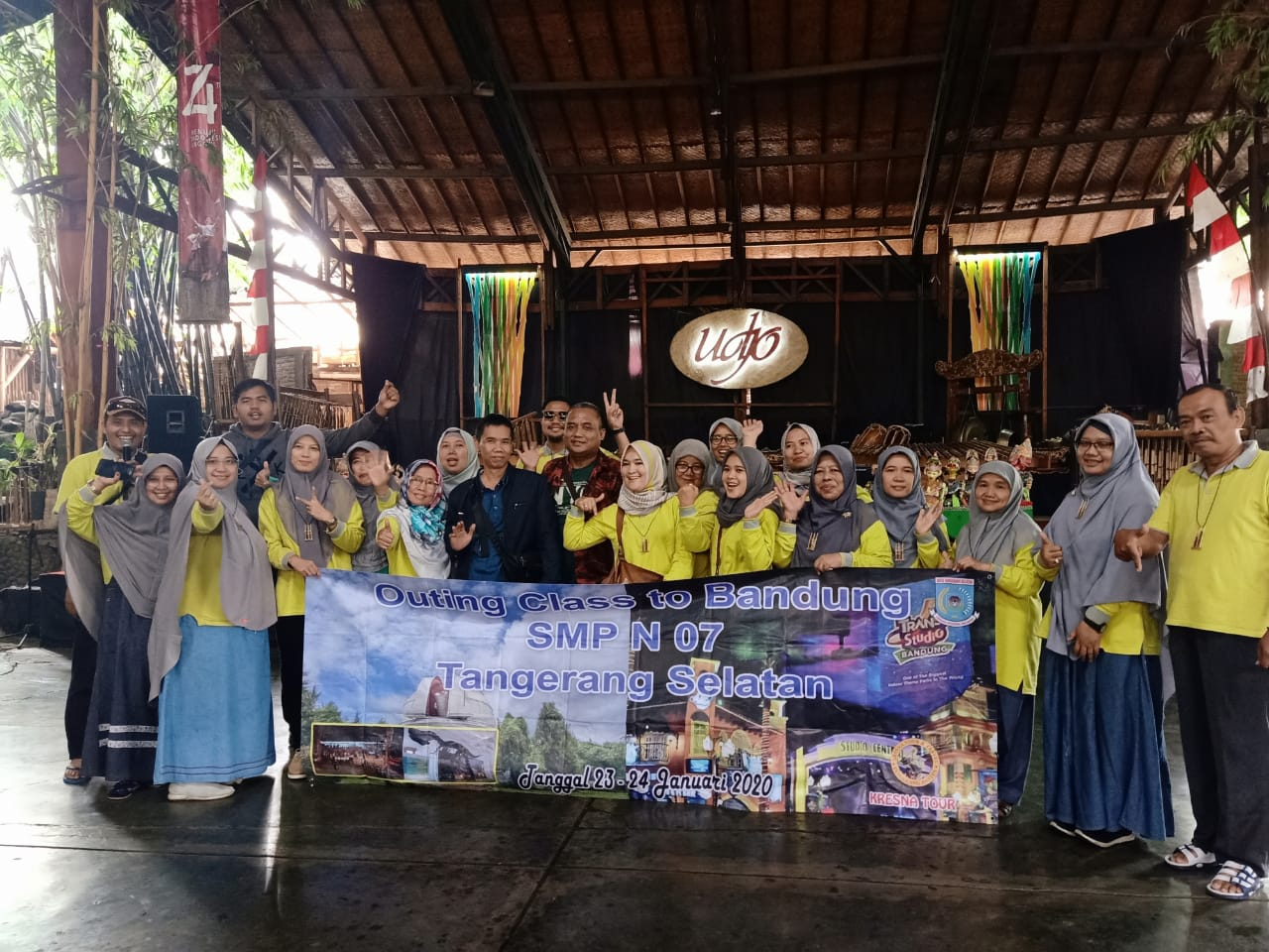 SMP Negeri 7 Kota Tangerang Selatan Study Tour Bandung